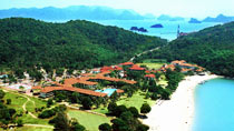 Holiday Villa Beach Resort &amp; Spa